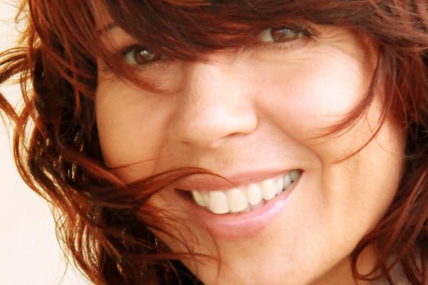 ilm365-alissa-headshot-portrait-logo