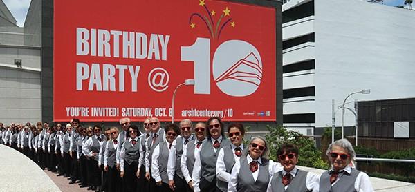 corporate-volunteers9-733x278